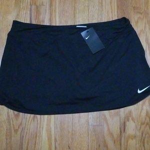NWT Nike tennis skort